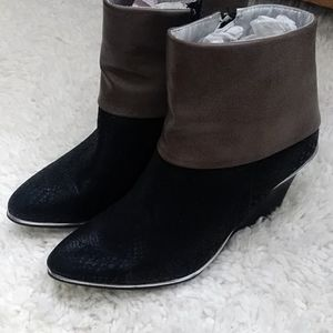 Shoes - Mark booties